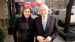 bill bratton police commissioner & laurie (1)